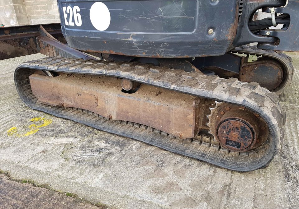used bobcat e26 digger for sale