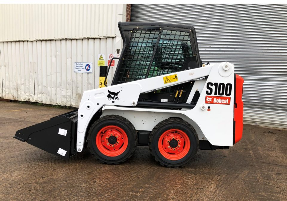Bobcat S100 skidsteer for hire