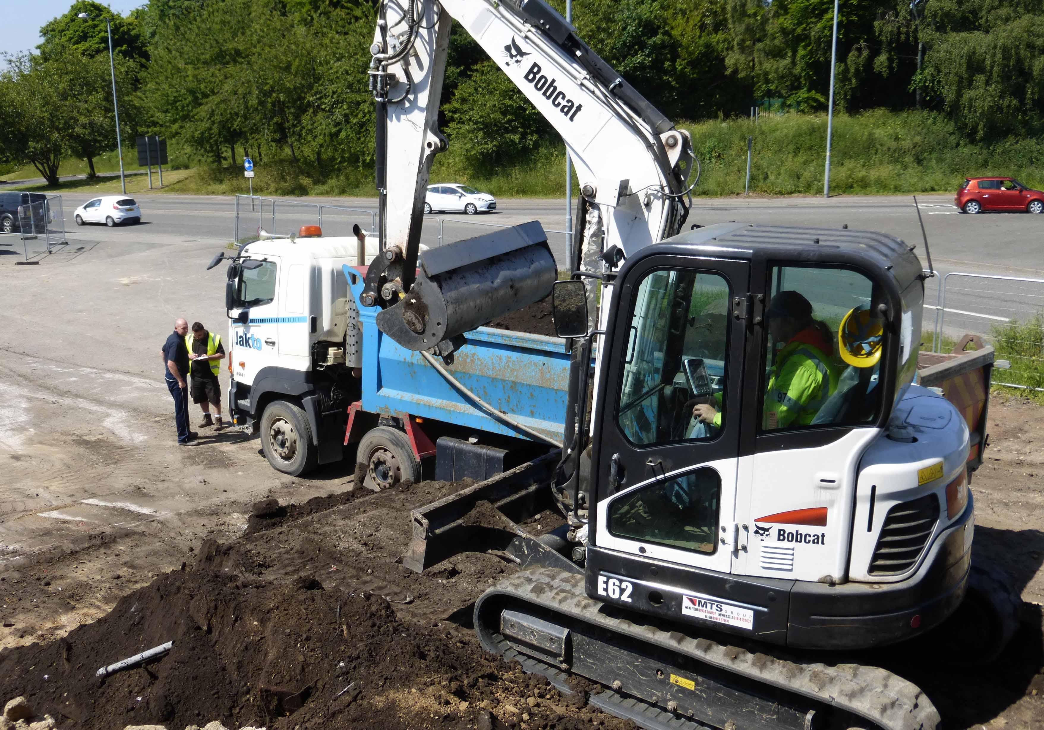 6 0 Tonne Bobcat & Yanmar Midi Excavator Hire and Rental